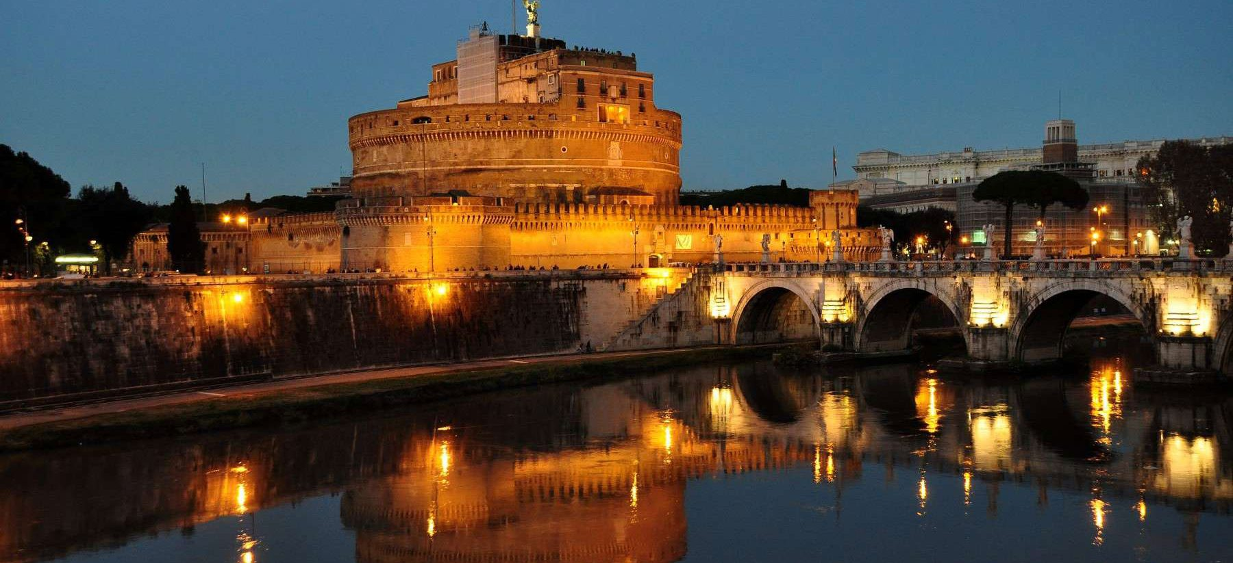 BDB Luxury Rooms Navona Cielo | Luxury room in Rome close to Castel Sant'Angelo